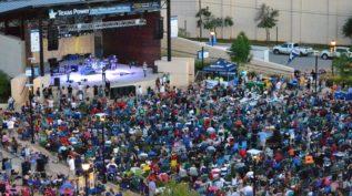 Arlington crowd shot